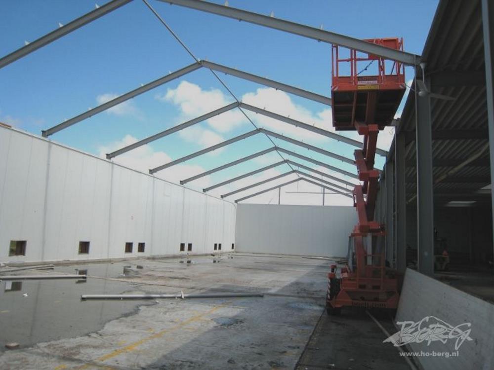Konstruktion der Betriebshalle stahl 9,6m x 24m HO Berg